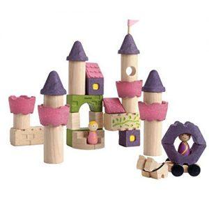 bloques de madera para jugar. Castillo de madera en bloques