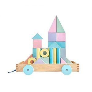 bloques de madera infantiles en tonos pastel