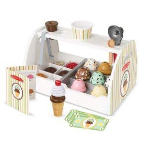 mostrador de helados en madera infantil