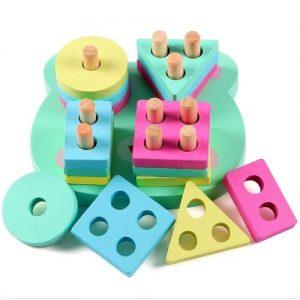 Formas geométricas de madera para apilar infantiles de Lewo