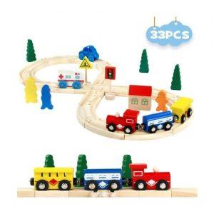 Juego infantil con pistas de madera que incluye vehículos