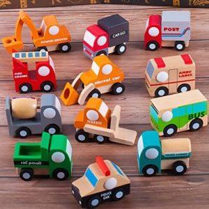 surtido de vehículos de madera para niños