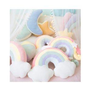 Cojín infantil de algodón ecológico. Arco iris, nubes, luna, estrella