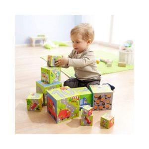 Cubos apilables de cartón para bebé. Cubos rusos de apilar y anidar de Haba