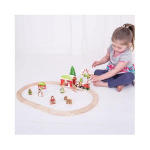 Tren de madera de temática navideña de Bigjigs. Juguete ecológico para Navidad