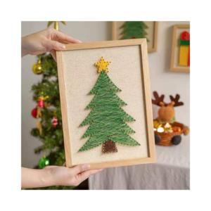 Manualidades de Navidad para niños ecológicas. Kit de clavos e hilos para crear un árbol de Navidad