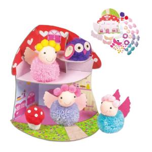 Pompones de lana y escenario de cartón para niños. Manualidades de Navidad para niños ecológicas de Galt Toys