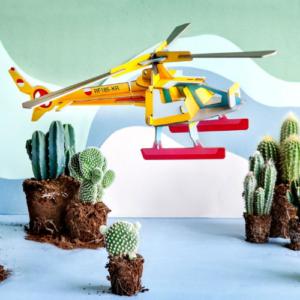 Helicóptero de cartón para ensamblar en cartón de Studio Roof. Juguete ecológico