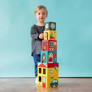 Apilables de cartón para niños de la marca Petit Collage. Juguete ecológico