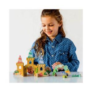 Playset de castillo de sirenas en cartón de Petit Collage. Juguete ecológico