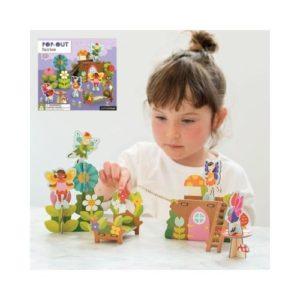 Playset de cartón de hadas para ensamblar de Petit Collage. Juguete ecológico de cartón reciclado